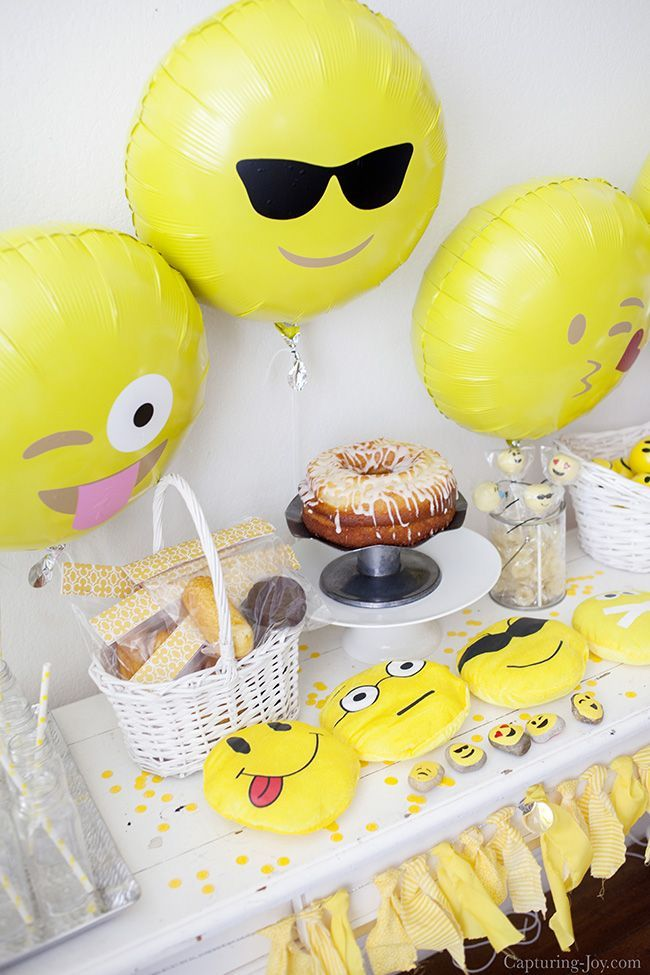Description Emoji Birthday Party Complete With Free Printables And Banner