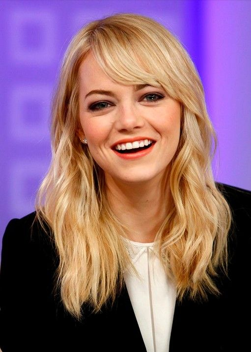Medium Wavy Hairstyle With Bangs Listfender Leading Inspiration