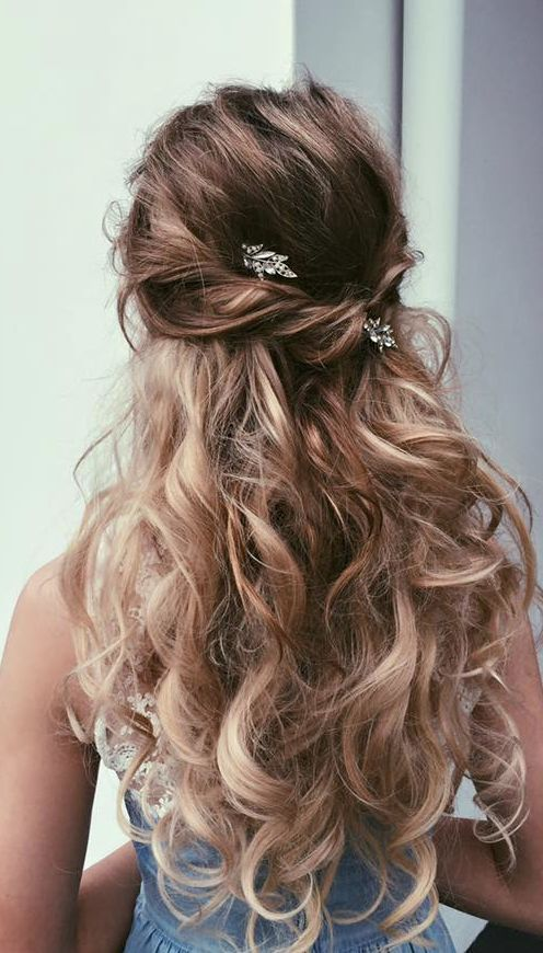 Best 25+ Long prom hair ideas on Pinterest | Prom hairstyles for ...