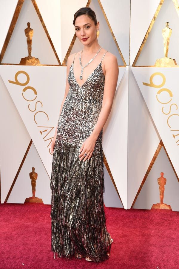 1c90f5bf9ea Gal Gadot Oscars. All the Best Red Carpet Looks from the 2018 Oscars ...