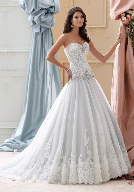 Wedding Dresses Strapless Ball Gown With Dropped Waist And
